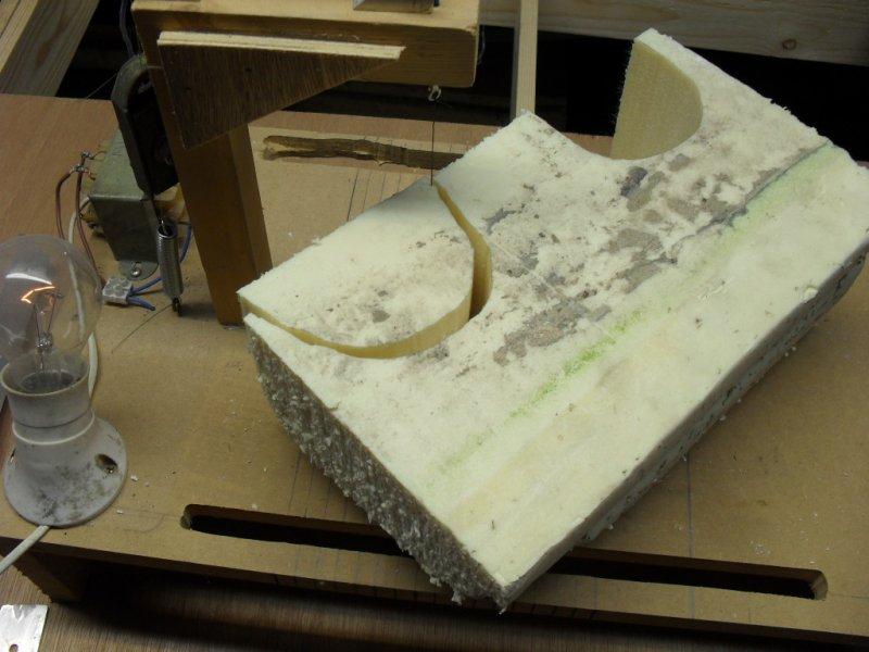 Début de découpe du polystyrène (Tunnel)