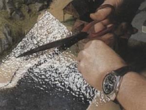 Garnissage de papier spécial qui a l'aspect de l'eau Création d'un Lac