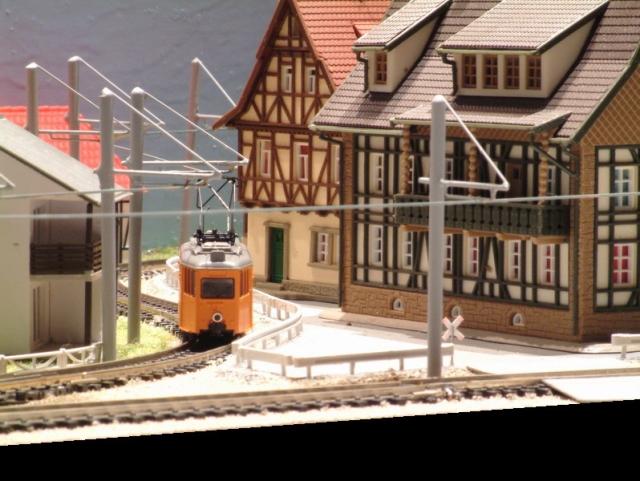 Et voila le travail Réalisation de poteaux et catenaires pour tramway